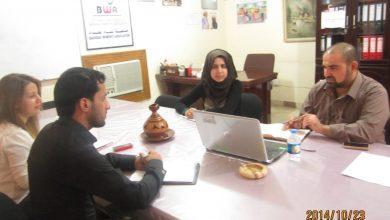 صورة زار مقر جمعية نساء بغداد ممثل منظمة (USAID)