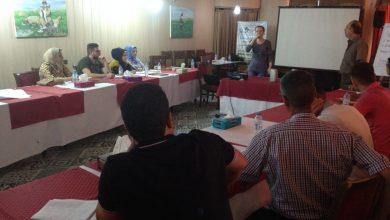 صورة كادر جمعية نساء بغداد يشارك في في دورة تدريبية توعوية حول حقوق الإنسان